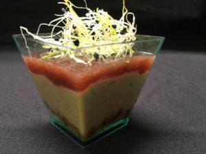 Verrine de foie gras aux figues et amandes caramelisees